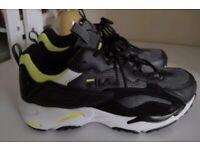 Size 4 (37) fila trainers