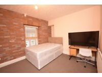 Professional rooms to let in SA1. Newly refurbished and close to marina, city centre, and M4.