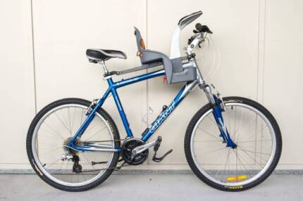 Men's Giant bicycle with WeeRide baby seat Fairfield Brisbane South West Preview