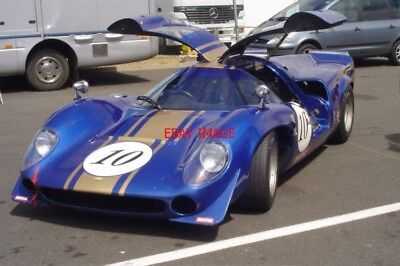 PHOTO  SILVERSTONE 10 THE LOLA T70 MK 3 OF ANDRE BAILLY AND ARMAND BAILLY FINISH