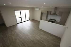 Near New 3 Bed, 2 Bath, Double garage with storage