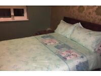 DOUBLE ROOM TO RENT BILLS INCLUDED. 300 DEPOSIT IN ADVANCE **NO DSS**