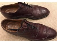 Churches Men's brogues in burgundy size 8 F(used)