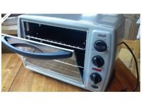 Mini oven, completly new never been used