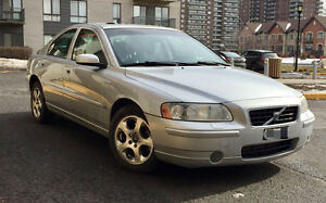 2006 Volvo S60 2.5T, indoor parking,AWD, 8MAGs, new winter tires