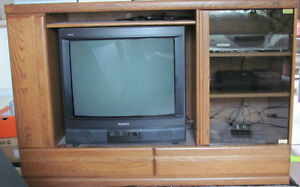 "Palliser Entertainment Wall Unit - Includes 27"" TV & DVD Player"