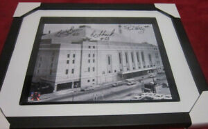 RED KELLY BOBBY BAUN EDDIE SHACK SIGNED PICTURE MAPLE LEAFS