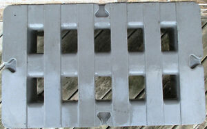 """Used Metro HP2236PD 36""""x22""""x12"""" Dunnage Rack with Cap. 1500lb. Stratford Kitchener Area image 5"""