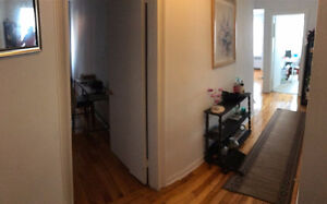 FEMALE ROOMMATE WANTED ASAP FOR FURNISHED ROOM