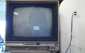 Commodore monitor (for commodore 64 gaming system)