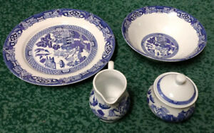 Completer set dinnerware - Brand New - Moving Sale