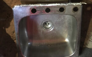 1 stainless steel sink