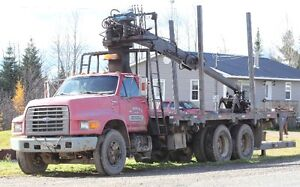 1996 Ford F700 with Loader