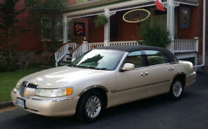 1999 Lincoln Town Car, Cartier, Palm Beach Edition