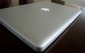 "17"" MacBook Pro - Great Condition - Recently updgraded"