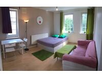 Large dbl room moments away from Bethnal Green Station