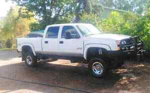 2004 Chevy Silverado 2500HD Duramax Diesel 4x4 REDUCED NEED GONE