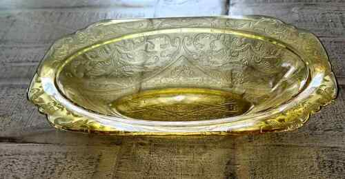 FEDERAL YELLOW DEPRESSION GLASS SERVING BOWL