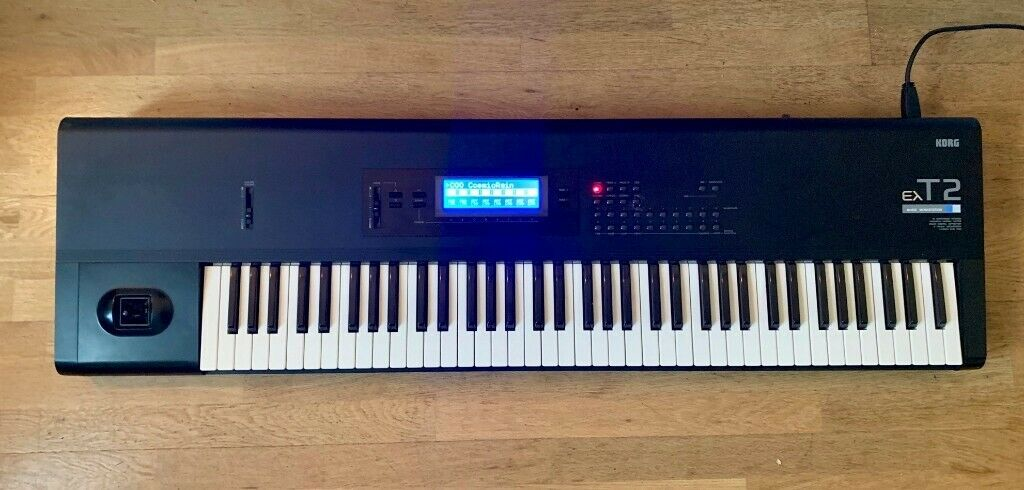 Korg T2 EX 76 key Synthesizer Workstation M1