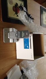 Philips Skype DECT Phone (VOIP 121).