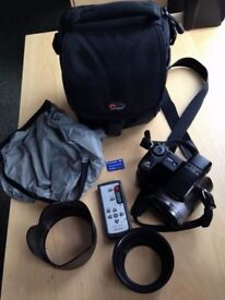 Sony Digital Camera 15x Optical Zoom (8.1MP), Pro card, camera bag, 2nd battery
