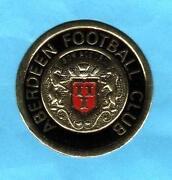 Esso Football Badges