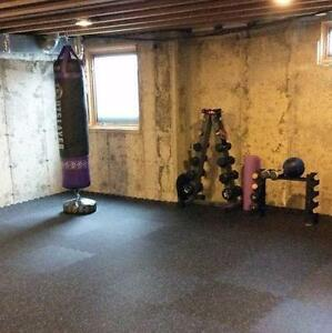 NEW eSPORT GARAGE GYM RUBBER FLOORING (NON SMELLING, INTERLOCKING)