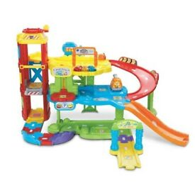 VTECH TOOT TOOT garage, space station and parking tower