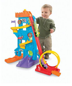 Fisher-Price Little People Wheelies Loops and Swoops Amusement