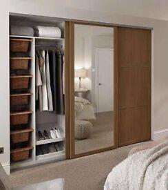 Sliding doors wardrobe