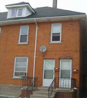 $$900 - ALL INCLUSIVE -near U OF WINDSOR