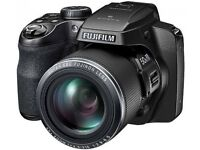 SOLD: Fujifilm s9900w - incredible 50x zoom, wireless features, excellent condition, boxed.