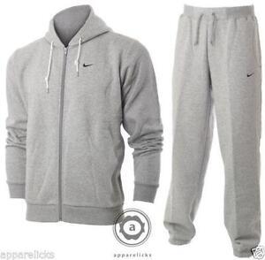 2d736a2d96d3 Men s Jogging Suit XL