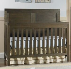 TiAmo Castello 4-in-1 Convertible Wood Crib - Wire Brushed Brown
