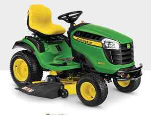 2015 John deere D160 Riding Lawn Mower with Rear Bagger