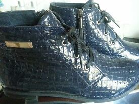 NEW lady's blue real leather shoes