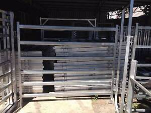 Heavy Duty Portable Panels for Cattle, Horses. Beaudesert Ipswich South Preview