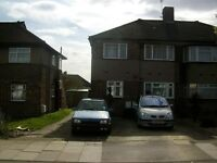 FULLWELL AVE, IG6 - 2 bedroom maisonette available to rent