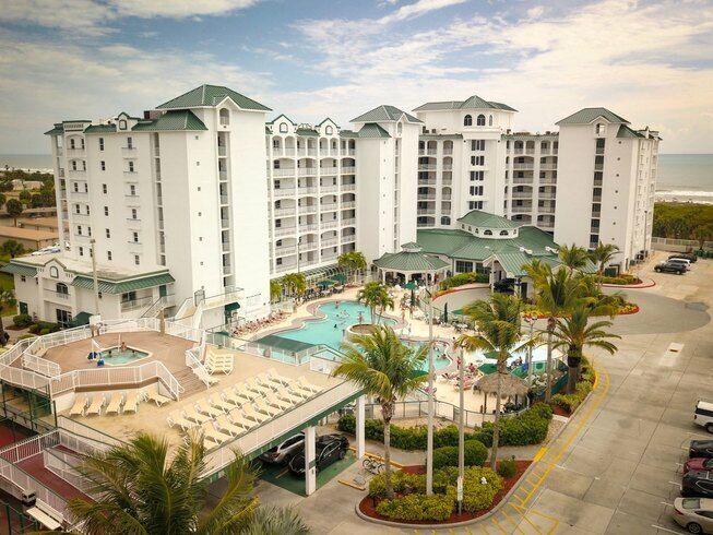 Resort On Cocoa Beach, Float Weeks 1-13 23-35 46-47 51-52, Biennial Odd Usage  - $2.25