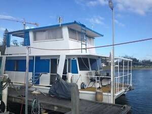 Twin Hull Fully Equipped Houseboat Southport Gold Coast City Preview