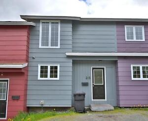 25 FARRELL DRIVE, TOWNHOUSE, MOUNT PEARL,  (MOVE IN READY!!) St. John's Newfoundland image 1