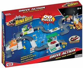 Dyna City Drive Action 90 Pieces 2 cars