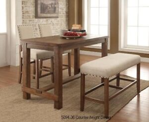 Beautiful ,Trendy Table & 4 Chair