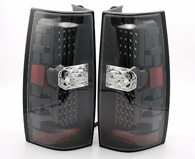 NEWMAR MOUNTAIN AIRE 2015 BLACK TAILLIGHTS REAR LAMPS TAIL LIGHTS RV - UPPER SET