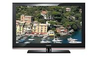 """Samsung 32"""" HD Ready LCD screen, HDMI port and Freeview."""
