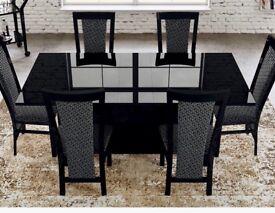 Brand New Stunning Casabella Black High Gloss Extending Dining Table.