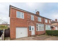 **** 4 BEDROOM HOUSE TO LET ****