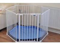 Lindam Safe & Secure Playpen, includes soft padded mat, wall fittings & original box.