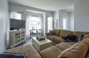 Luxury Windermere Townhome - 4 bed with 2 ensuites!