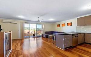 Modern 3 bedroom townhouse in Varsity - close to M1 & Train Varsity Lakes Gold Coast South Preview